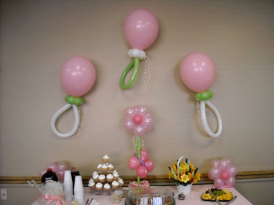 Balloon decoration ideas for a baby shower baby shower for Baby shower decoration ideas with balloons